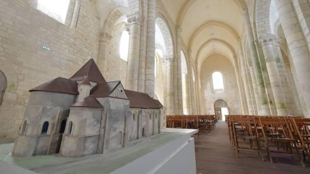 Prieuré de Villesalem en Sud Vienne Poitou