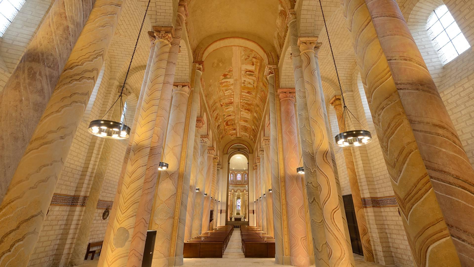 Abbaye de Saint-Savin en Sud Vienne Poitou
