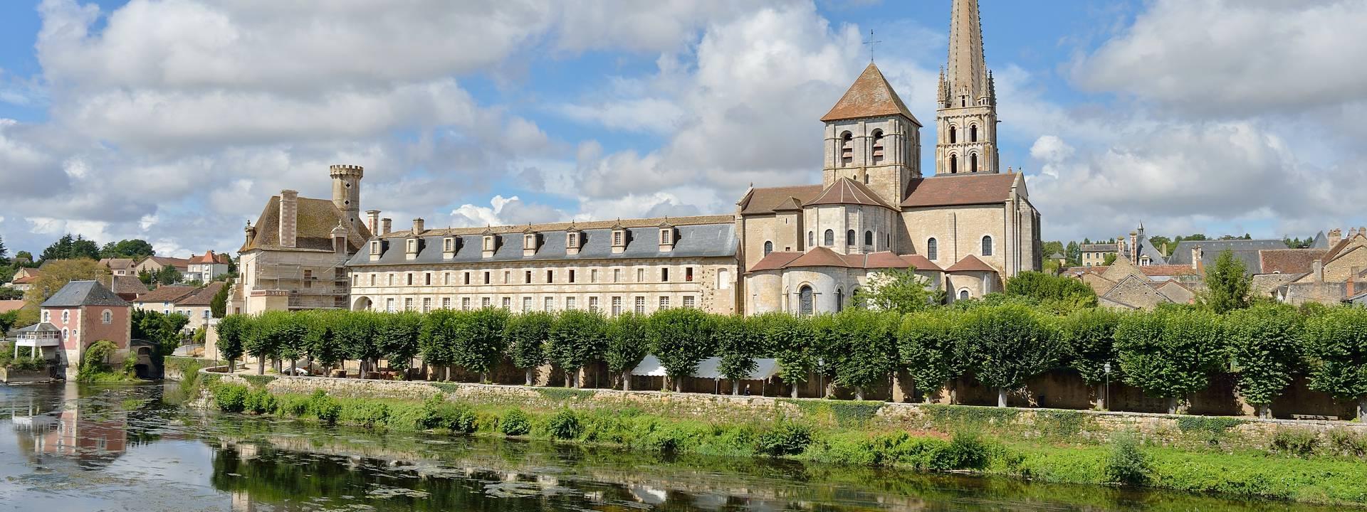 Abadía de Saint-Savin en Sud Vienne Poitou