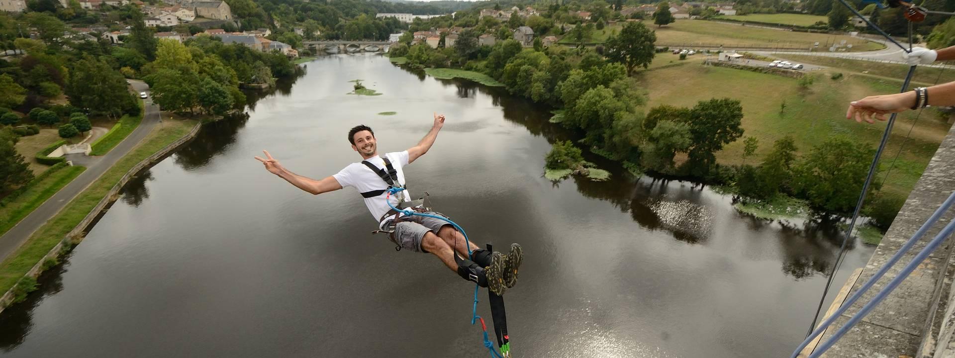 saut à l'élastique en Sud Vienne Poitou