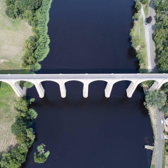 Viaduc de L'Isle Jourdain Le Vigeant en Sud Vienne Poitou